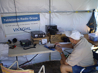 VK4GHL_operating_at_Grassy_Hill_Lighthouse_Cooktown_2010_001